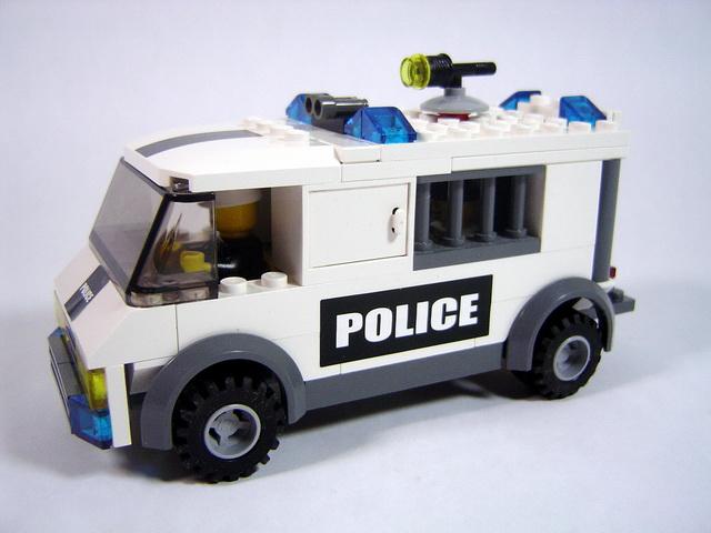 7245 le transport des prisonniers lego blog - Lego camion police ...